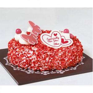 Fluffy Moist Strawberry Cake