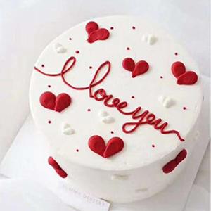 Love Cream Fruits Cake